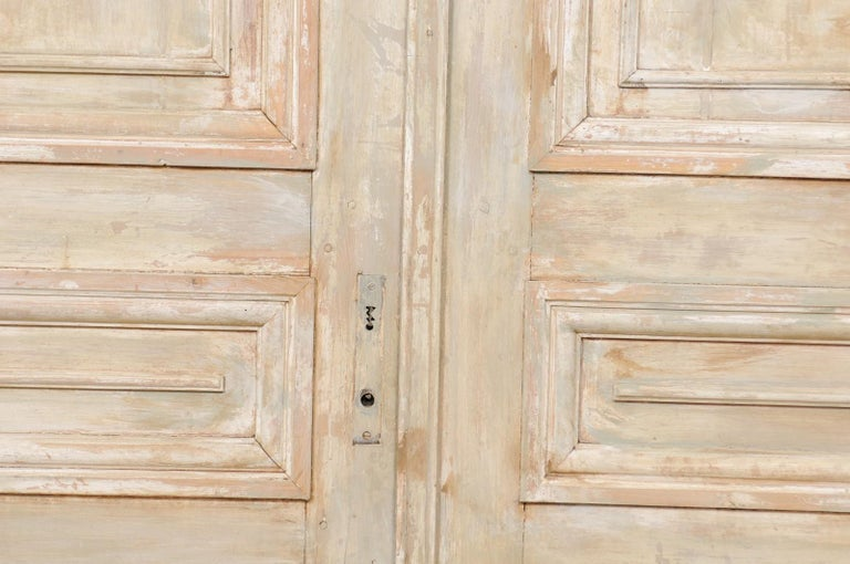 Set of Tall French 19th Century Carved Wood Doors For Sale 3