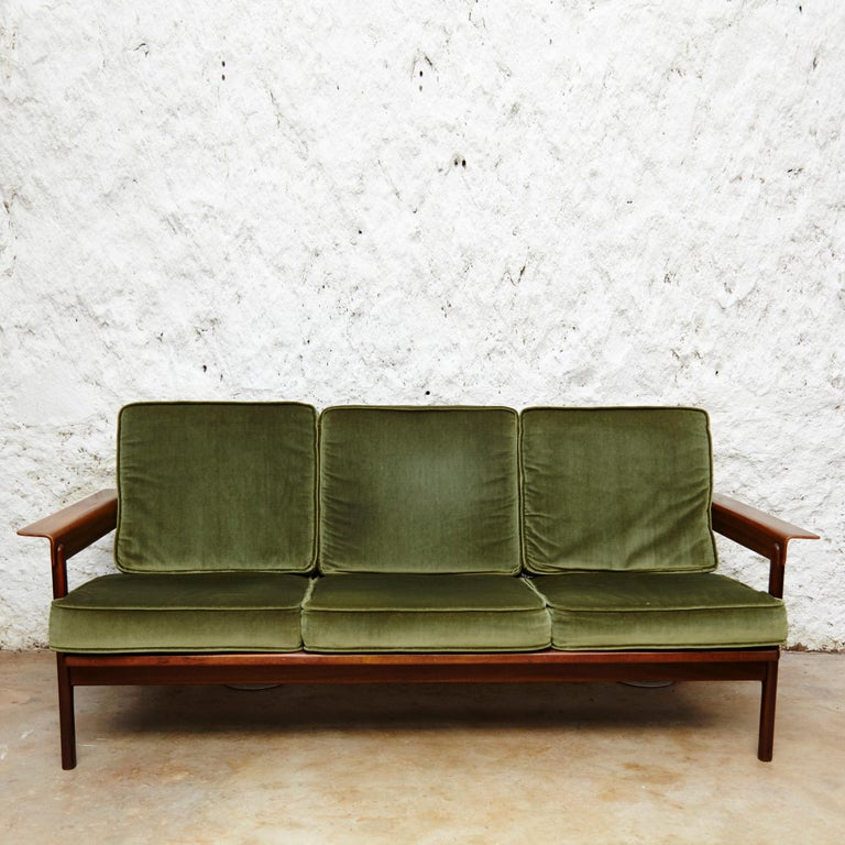 Scandinavian Modern Set of Teak Wood Three-Seat Sofa and Two Easy Chairs, circa 1960 For Sale
