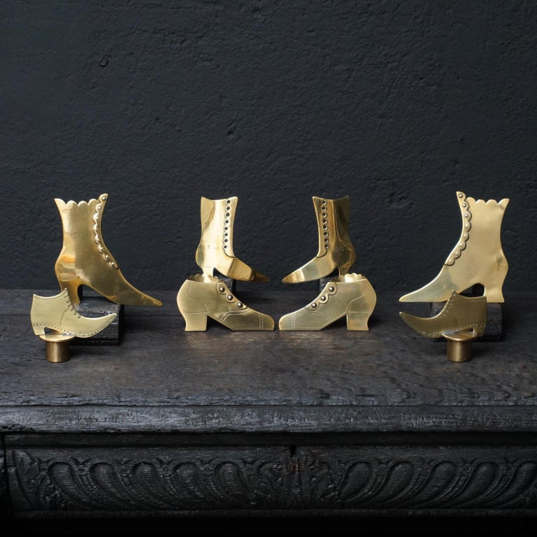 Set of Ten 19th Century English Victorian Brass Chimney Good Luck Shoes or Boots In Good Condition For Sale In Haarlem, NL