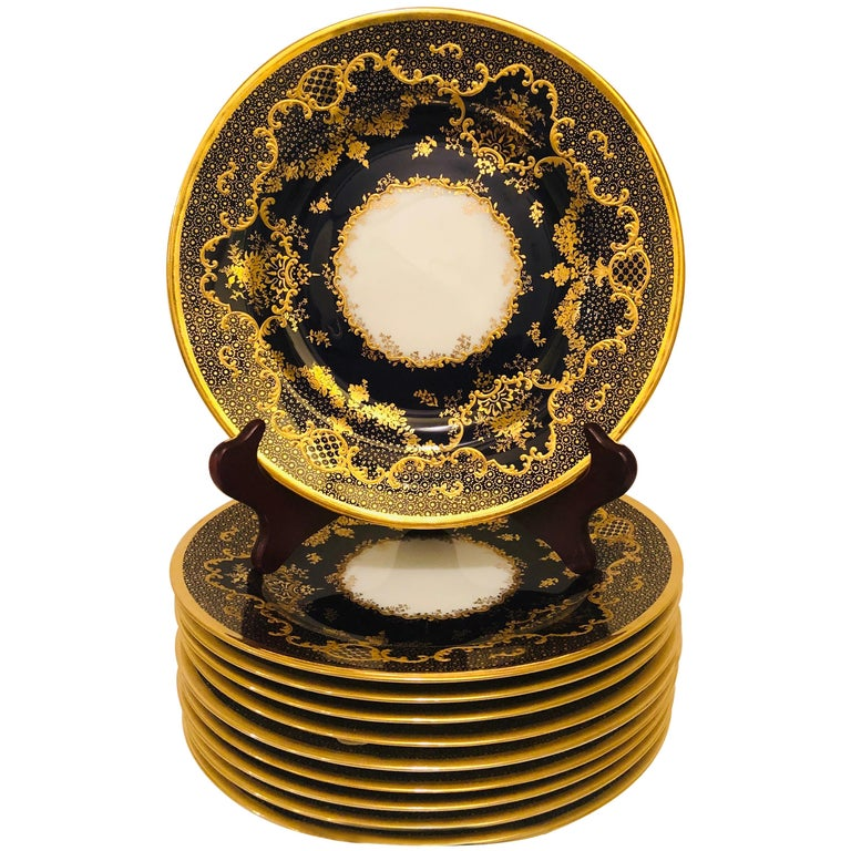 Set of Ten Cobalt Copelands China Plates with Raised Gilded Fancy Border For Sale
