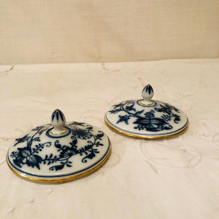 German Set of Ten Meissen Blue Onion Pots de Crème with Handles and Gold Rims For Sale