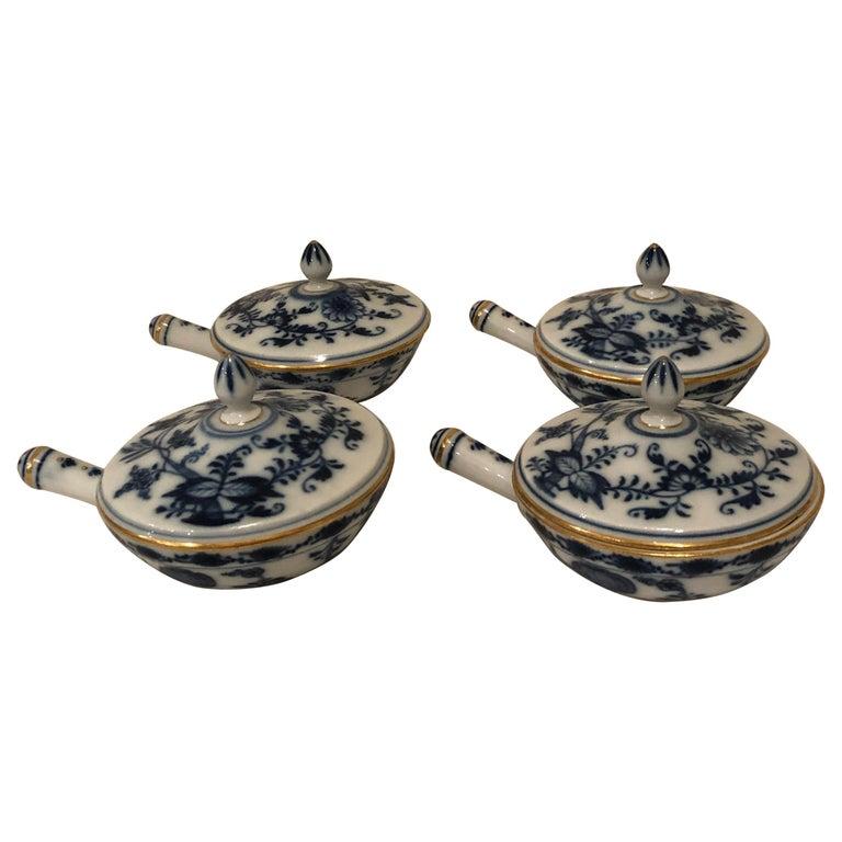 Set of Ten Meissen Blue Onion Pots de Crème with Handles and Gold Rims For Sale