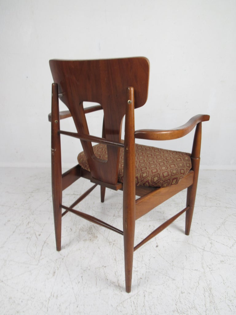 Upholstery Set of Ten Mid-Century Modern Walnut Dining Chairs For Sale