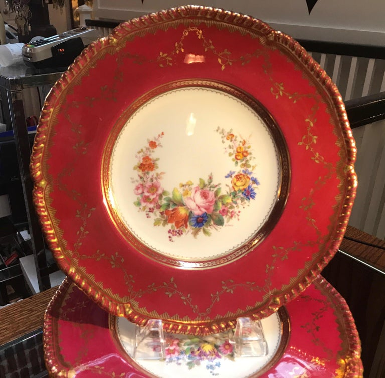 English Set of Ten Minton Hand-Painted Service Dinner Plates For Sale