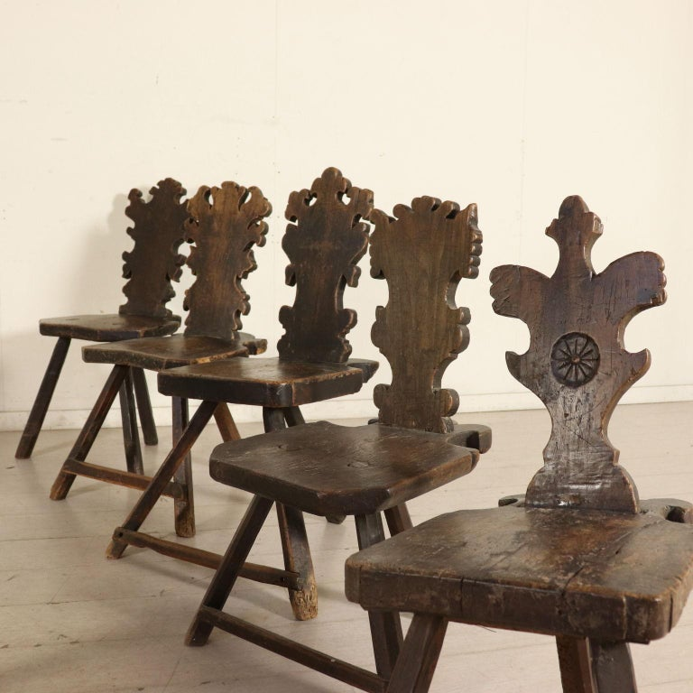 Set of Ten Stools Walnut Manufactured in Italy 17th Century In Fair Condition For Sale In Milano, IT