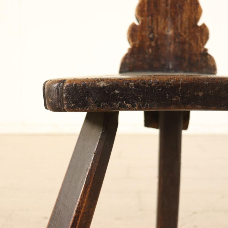 Set of Ten Stools Walnut Manufactured in Italy 17th Century For Sale 3