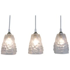Set of Three 1930s Art Deco Glass Shade Pendant Light by Ros