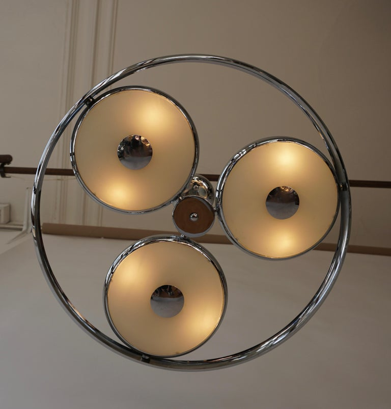 One off Three Adjustable Italian Glass and Chrome Ufo Chandeliers For Sale 5