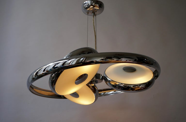 One off Three Adjustable Italian Glass and Chrome Ufo Chandeliers For Sale 1
