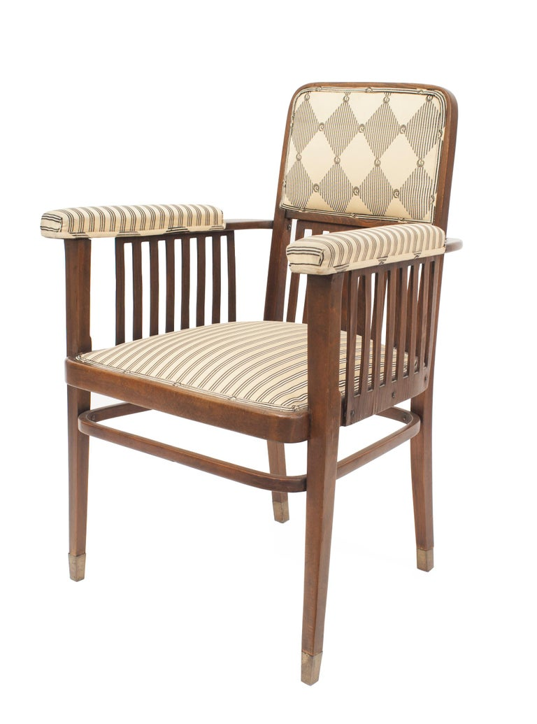Set of Three Austrian Bentwood 'Secessionist' Chair Set In Good Condition For Sale In New York, NY