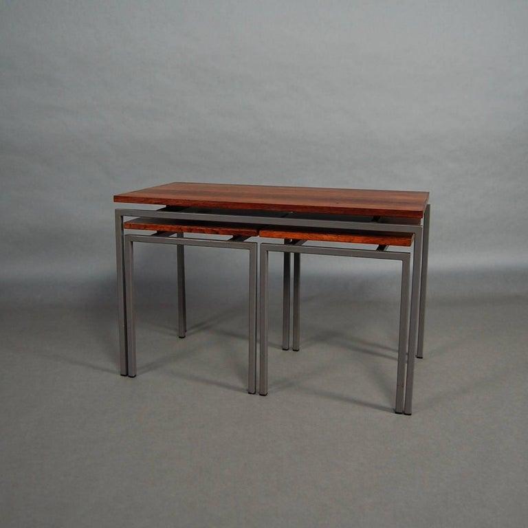 Mid-Century Modern Set of Three Brazilian Rosewood Nesting Tables, circa 1950 For Sale