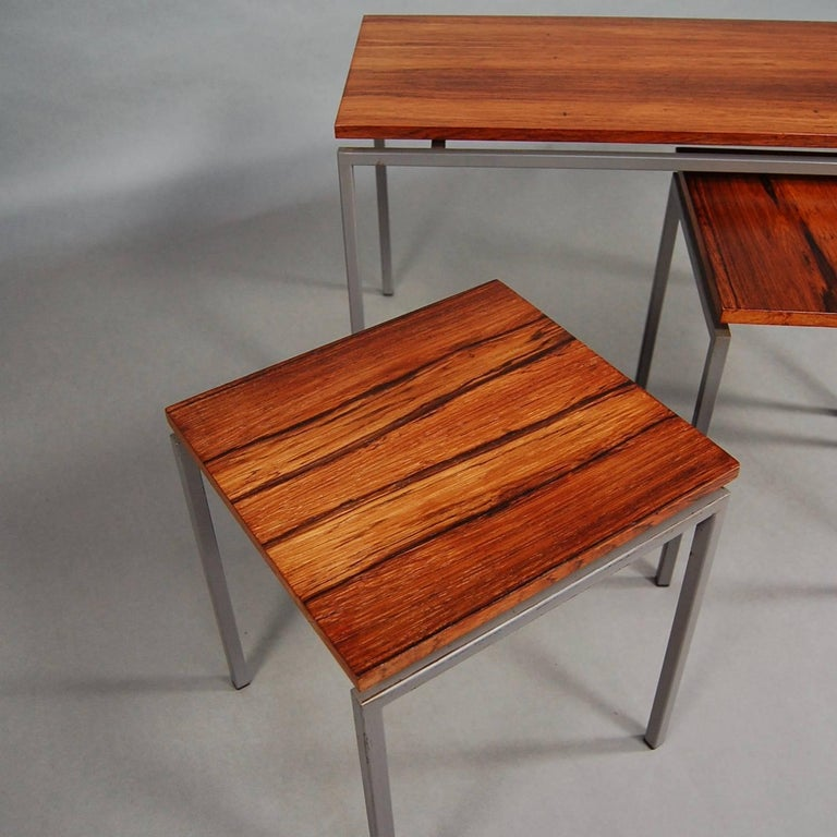 Set of Three Brazilian Rosewood Nesting Tables, circa 1950 In Good Condition For Sale In Pijnacker, Zuid-Holland