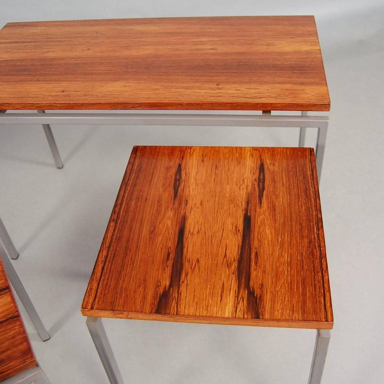Mid-20th Century Set of Three Brazilian Rosewood Nesting Tables, circa 1950 For Sale
