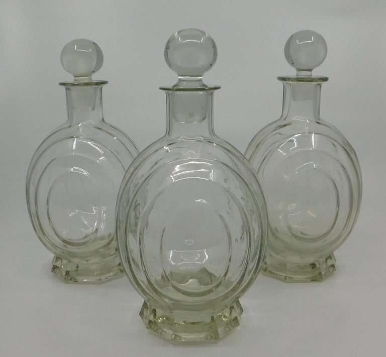 20th Century Set of Three circa 1930 Art Deco French Clear Glass Liquor Decanter Bottles For Sale