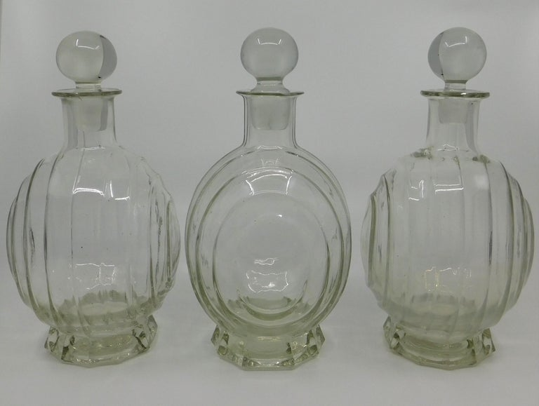 Set of Three circa 1930 Art Deco French Clear Glass Liquor Decanter Bottles For Sale 1