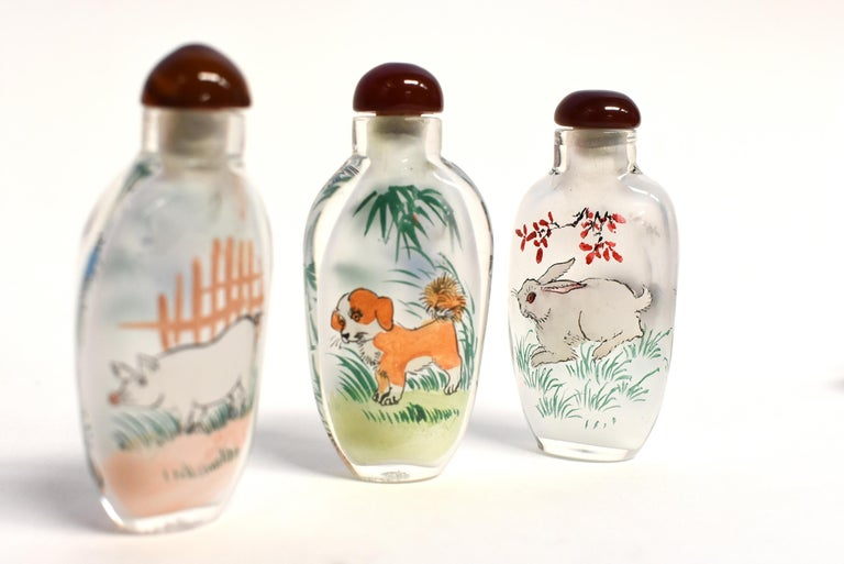 Set of Three Eglomise Reverse Painted Snuff Bottles with Zodiac Animals For Sale 5
