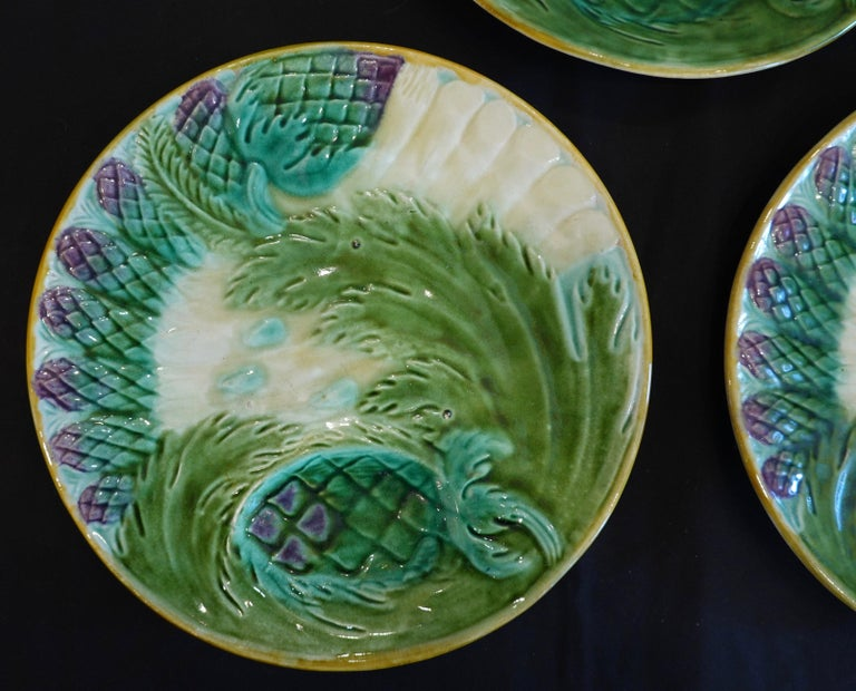 19th Century Set of Three French Majolica Asparagus Plates by Saint Amand For Sale