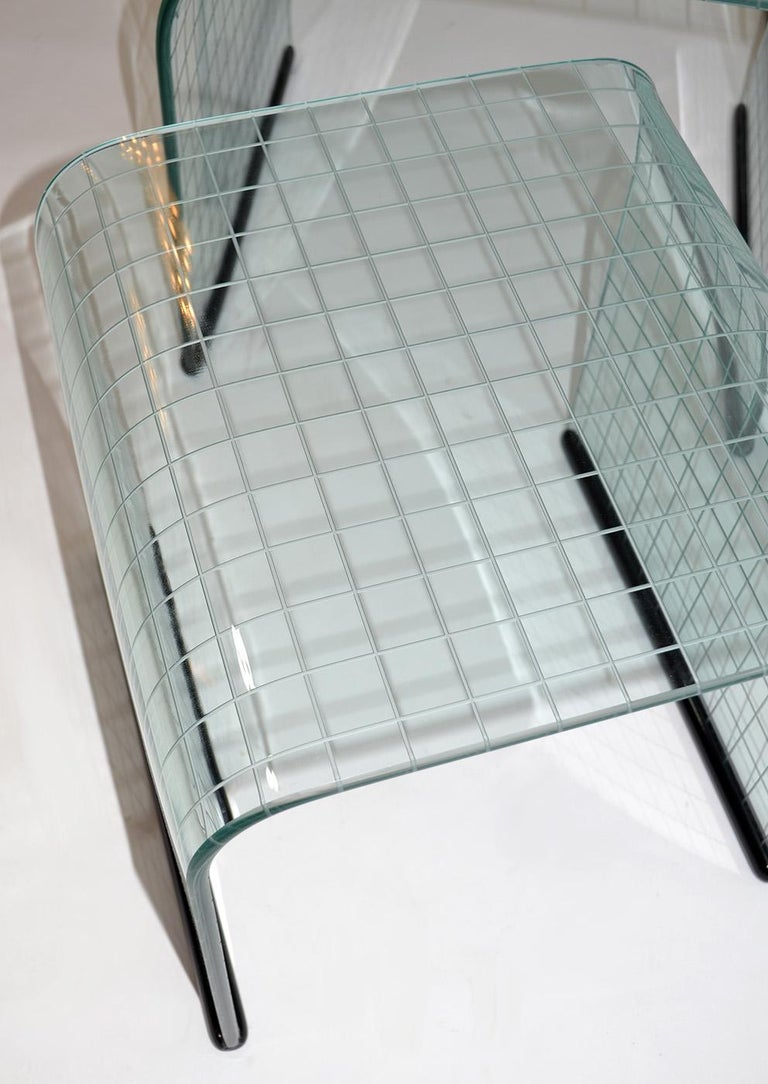 Set of Three Glass Side Nesting or Stacking Tables, Fiam, Italy, 1980s In Good Condition For Sale In Ft Lauderdale, FL