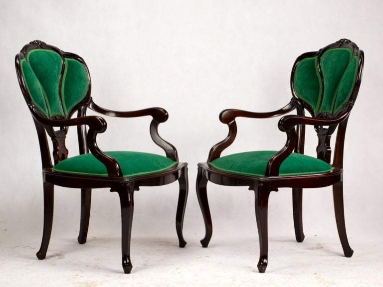 Hand-Carved Set of Three Hand Carved Art Nouveau Chairs, circa 1900 For Sale