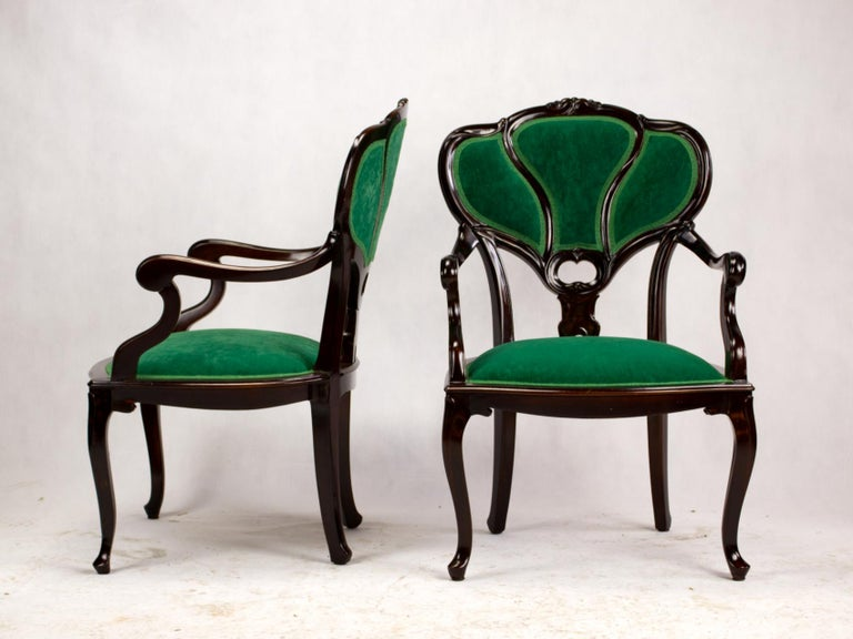 Set of Three Hand Carved Art Nouveau Chairs, circa 1900 For Sale 2
