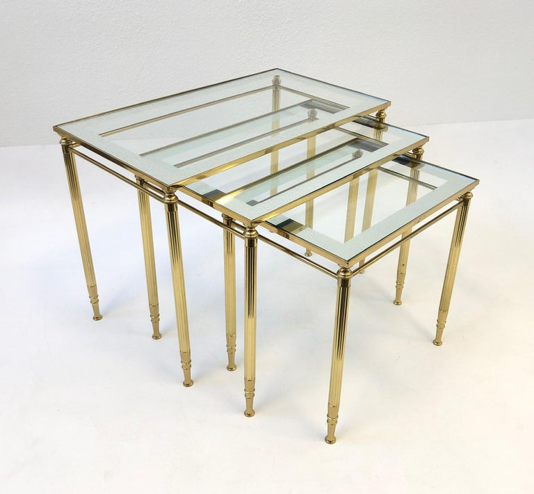 Set of Three Italian Brass and Glass Nesting Tables by Maison Baguès For Sale 4