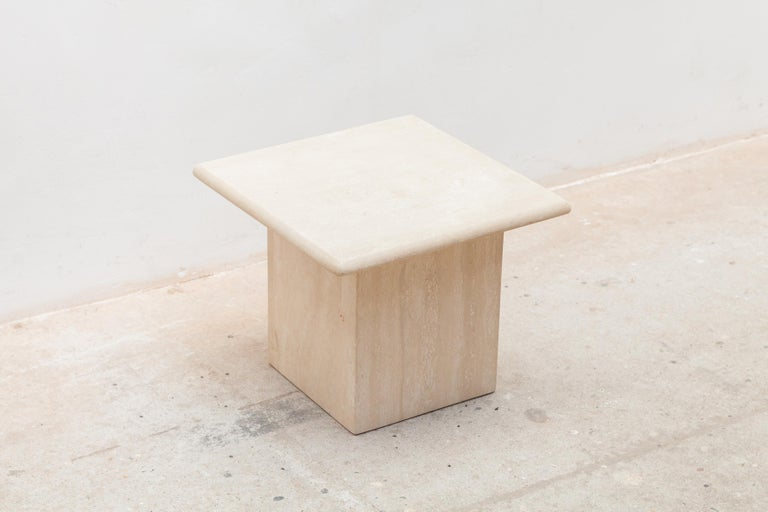 Late 20th Century Set of Three Italian Modern Travertine Coffee Tables, Nesting Tables For Sale