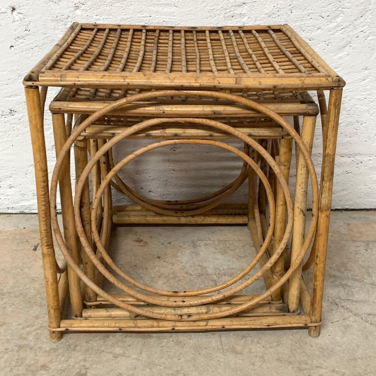 Set of Three Italian Rattan Nesting or Bunching Cube Tables, Franco Albini In Good Condition For Sale In Miami, FL