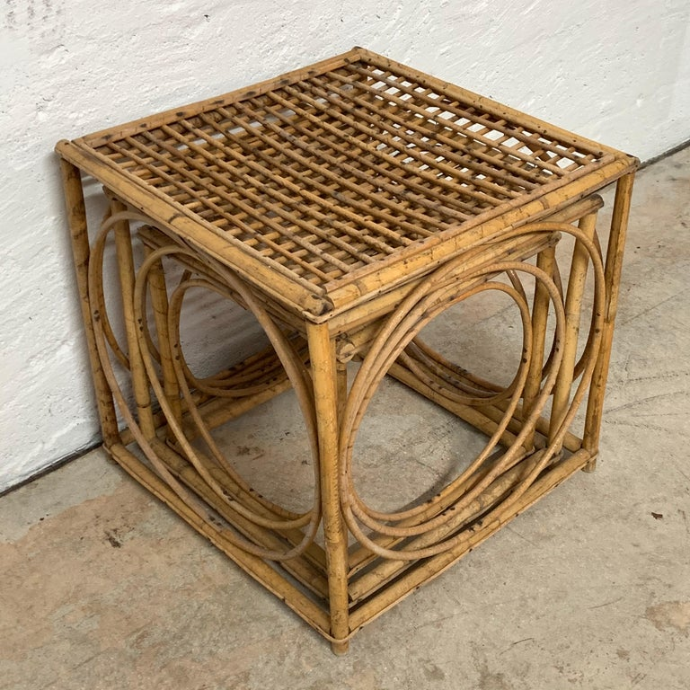 Set of Three Italian Rattan Nesting or Bunching Cube Tables, Franco Albini For Sale 1
