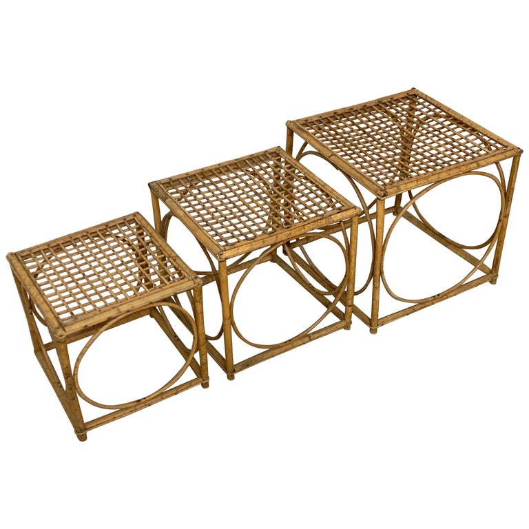 Set of Three Italian Rattan Nesting or Bunching Cube Tables, Franco Albini For Sale