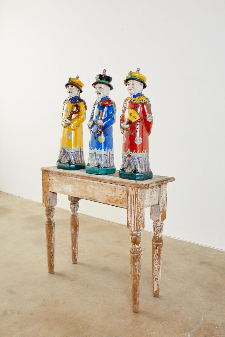 Hand-Crafted Set of Three Large Chinese Porcelain Qing Emperor Figures For Sale