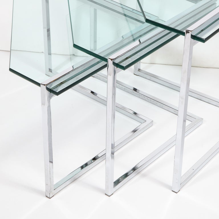 Set of Three Mid-Century Modern Geometric Chrome and Glass Chevron Form Tables For Sale 5