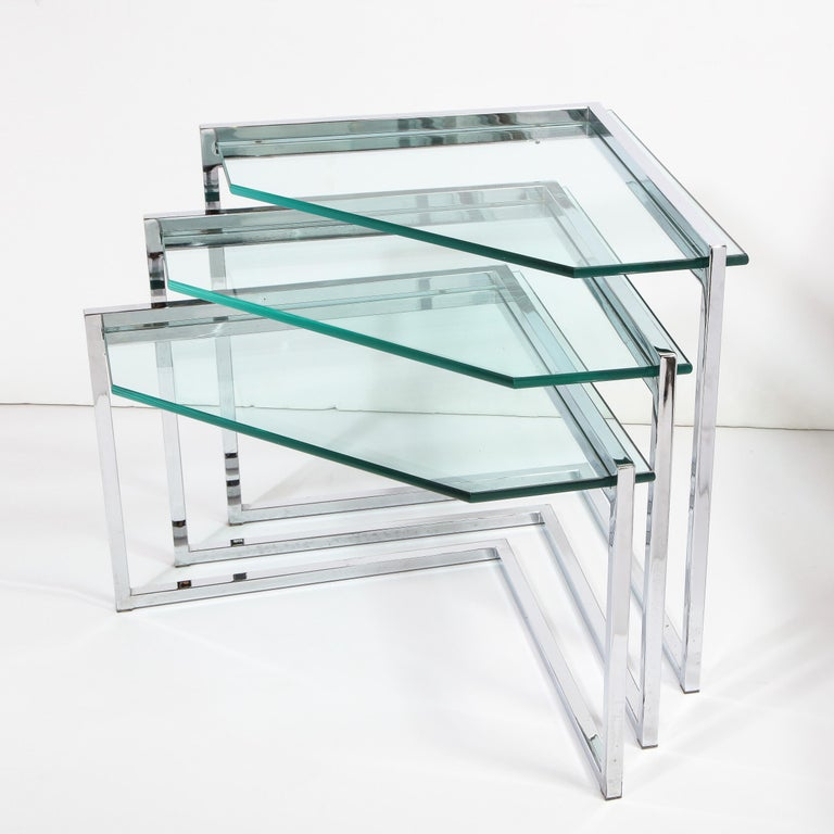 Set of Three Mid-Century Modern Geometric Chrome and Glass Chevron Form Tables In Excellent Condition For Sale In New York, NY