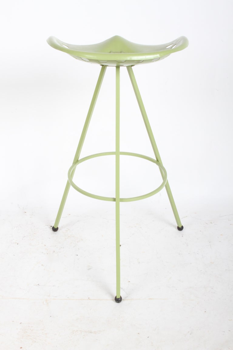 Set of Three Midcentury Tractor Seat Bar Stools, Restored  For Sale 2