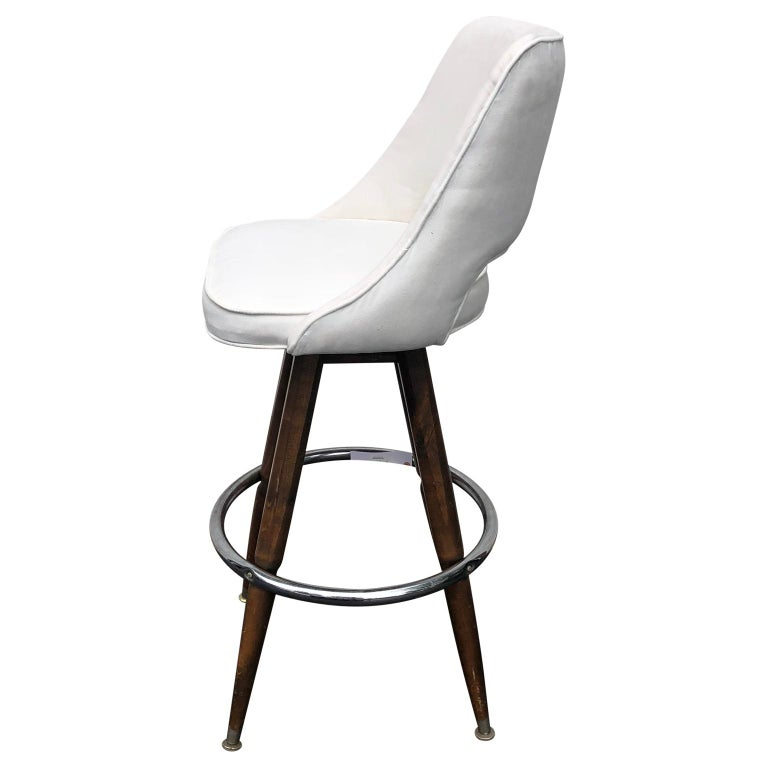 Set Of Three Mid-Century White Faux-Suede Bar Stools For Sale 4