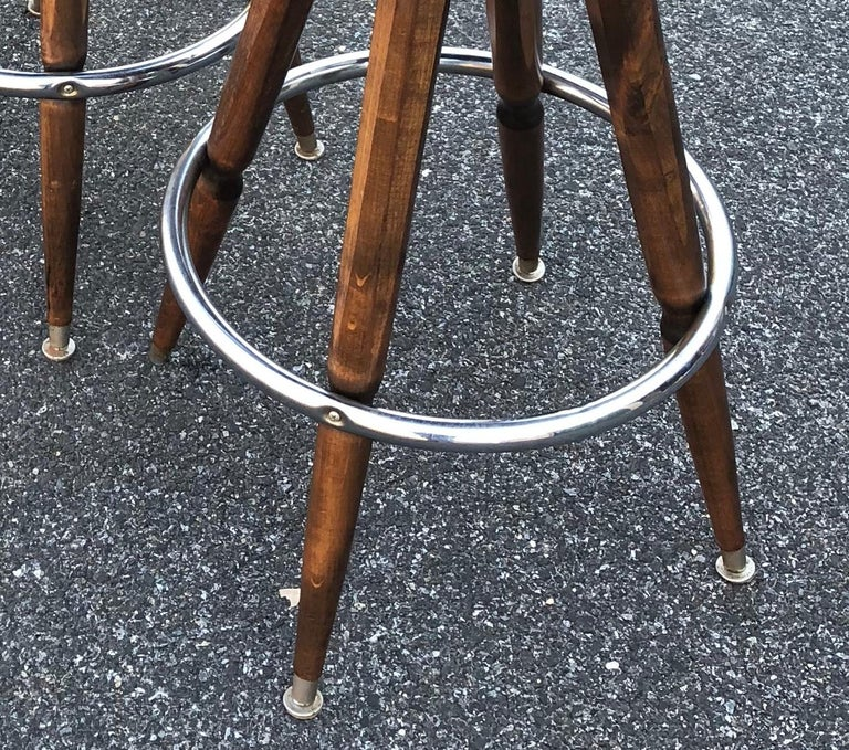 Set Of Three Mid-Century White Faux-Suede Bar Stools For Sale 10