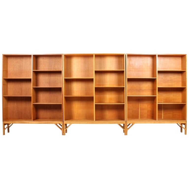 Set of Three Midcentury Bookcases in Oak by Børge Mogensen, Made in Denmark For Sale