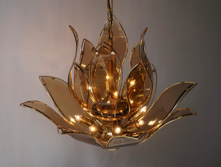 Set of Three Midcentury Chandeliers in Brass and Glass For Sale 7