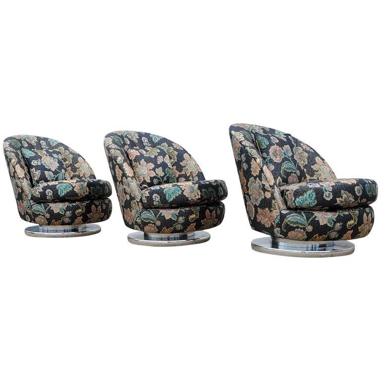 Set of Three Milo Baughman Tilt & Swivel Lounge Chairs Chrome Bases For Sale