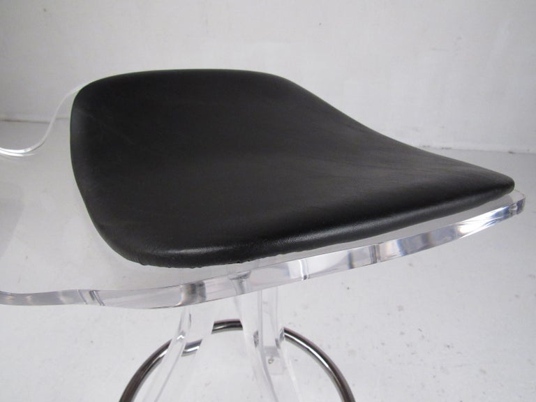 Set of Three Modern Lucite Swivel Bar Stools For Sale 9