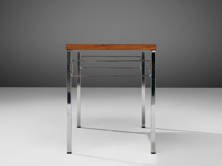 Set of Three Nesting Tables in Chrome and Wood For Sale 2