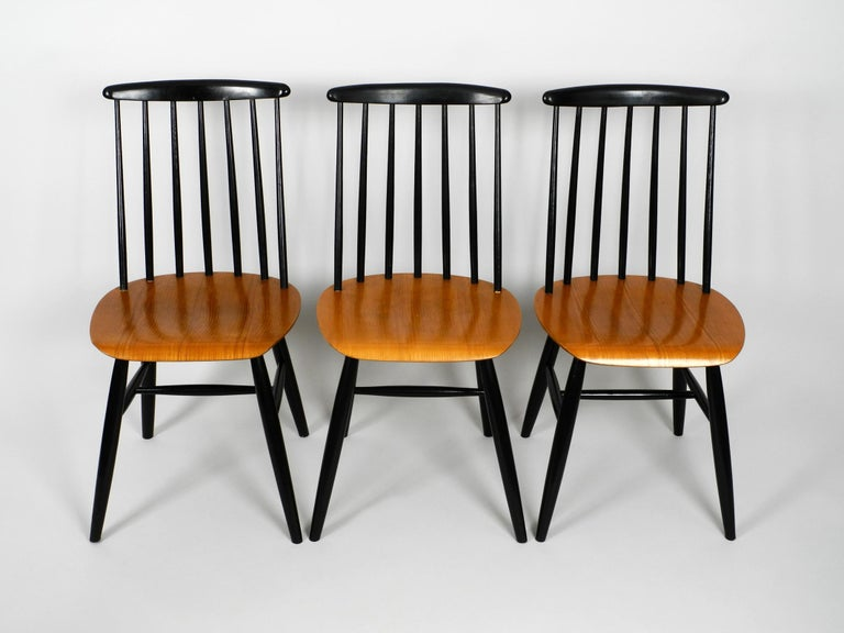Set of Three Original Midcentury Wood Spindle Back Chairs with Teak Seat For Sale 5