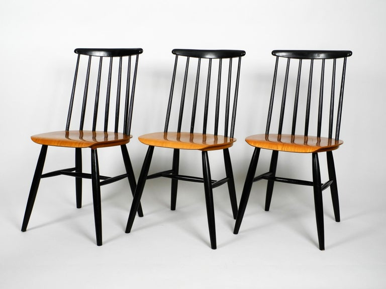 Set of Three Original Midcentury Wood Spindle Back Chairs with Teak Seat For Sale 6