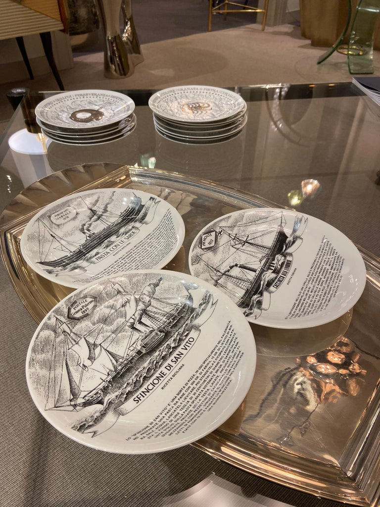 Set of Three Plates by Piero Fornasetti, Italy, 1980s In Good Condition For Sale In New York, NY