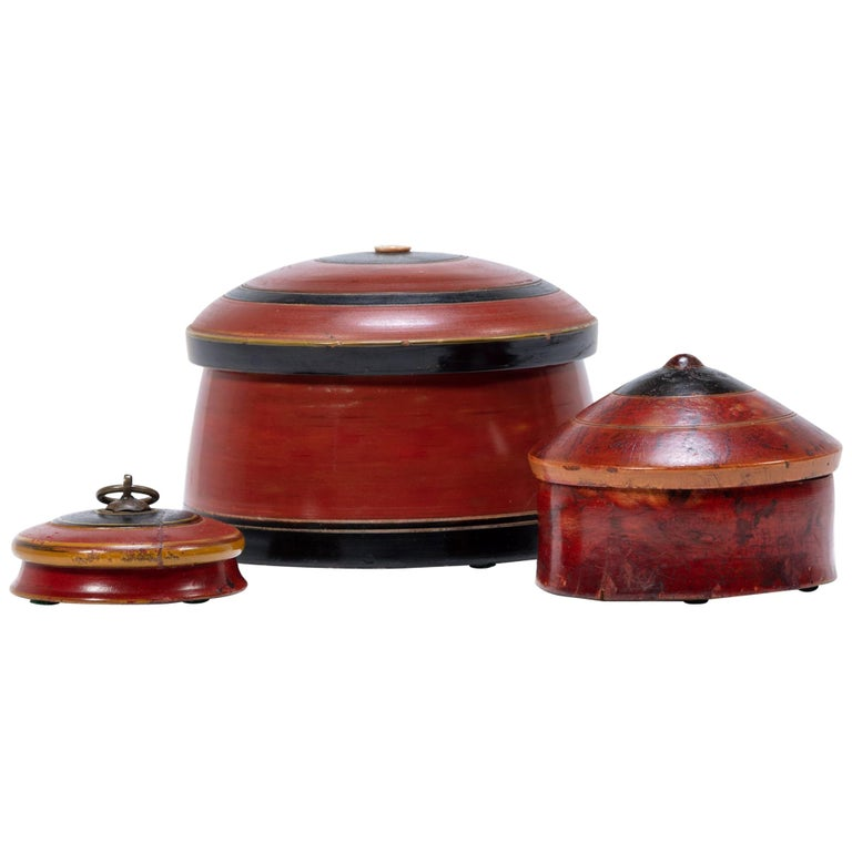 Set of Three Red Lacquer Betel Boxes For Sale