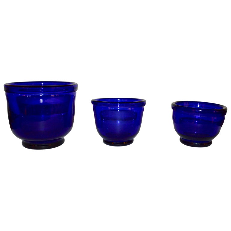 Set of three Small Swedish Cobalt Blue Hand Blown Glass Bowl or Trinkets For Sale