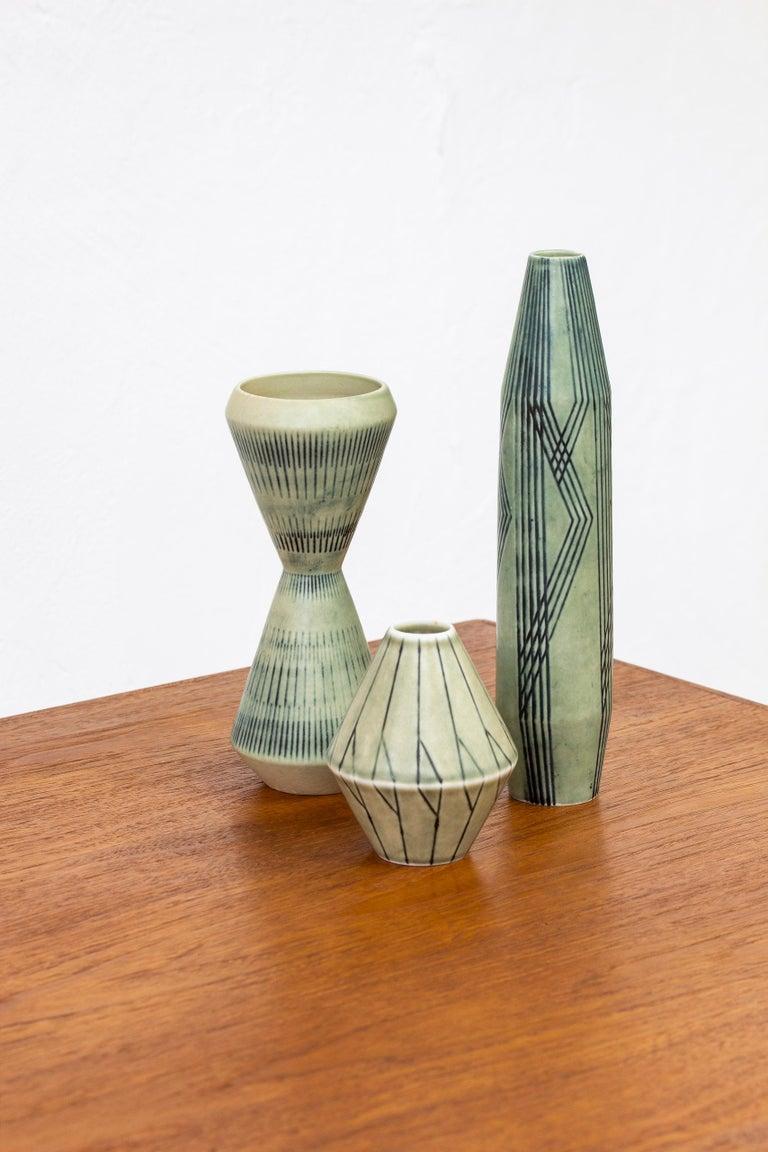 Scandinavian Modern Set of Three Stoneware Vases by Carl-Harry Stålhane, Rörstrand, 1950s For Sale