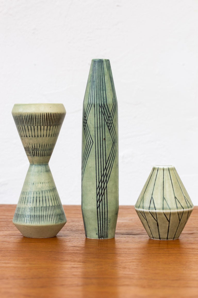 Set of Three Stoneware Vases by Carl-Harry Stålhane, Rörstrand, 1950s In Good Condition For Sale In Stockholm, SE