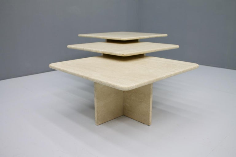 Set of Three Travertine Side or Coffee Tables, Italy, 1970s II In Good Condition For Sale In Frankfurt / Dreieich, DE