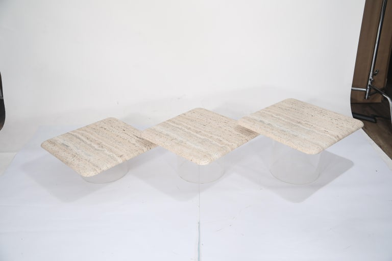 Late 20th Century Set of Three Travertine Tables with Cylindrical Lucite Bases, circa 1970s For Sale