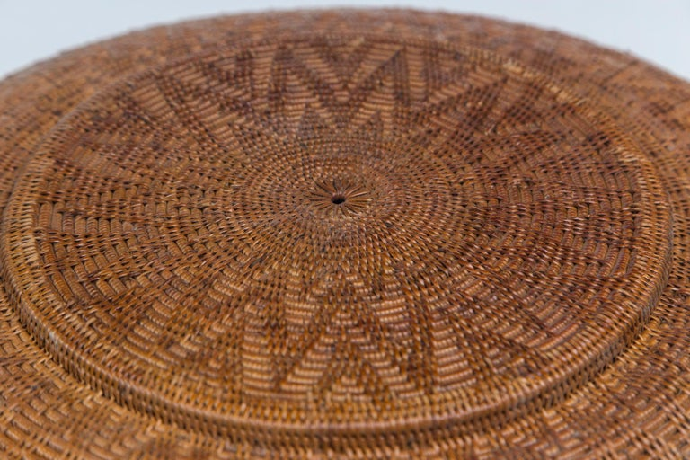 Set of Three Vintage Asian Baskets, 20th Century In Good Condition For Sale In Chappaqua, NY